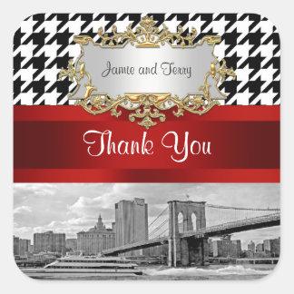 El negro Houndstooth blanco del puente de Brooklyn Pegatina Cuadrada