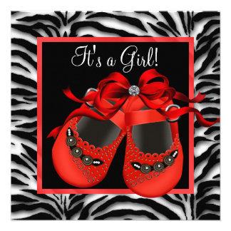 El negro rojo calza la ducha roja de la niña de la invitaciones personalizada