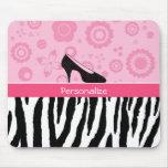 El negro rosado lindo calza el estampado de zebra alfombrilla de ratón