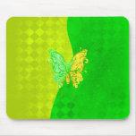 El neón dos entona la mariposa en amarillo y verde tapetes de ratón