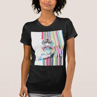 el neón vibrante colorido de moda raya la pintura playera