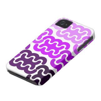 "El ""neumático púrpura sigue"" la caja intrépida de Case-Mate iPhone 4 funda"