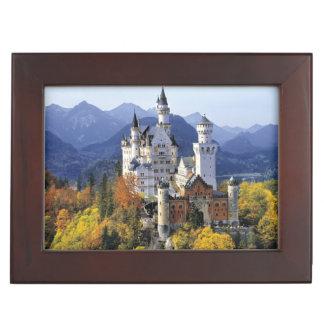 El Neuschwanstein imaginario es uno de tres Cajas De Recuerdos