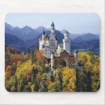 El Neuschwanstein imaginario es uno de tres Alfombrilla De Ratones