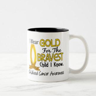 El niño más valiente conozco al cáncer de la niñez taza de café de dos colores