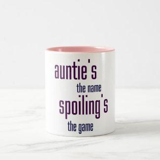 El nombre de la tía, estropeando el juego taza de dos tonos