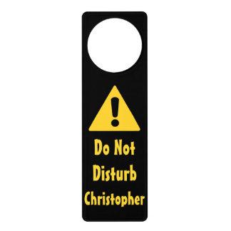 El nombre personalizado no perturba la señal de colgador para puerta