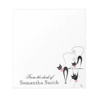 El nombre rosado femenino del gato negro bloc de notas