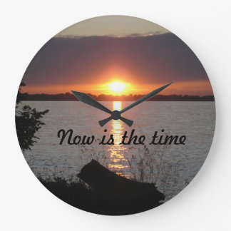 El Now es el reloj de pared del tiempo