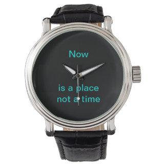El Now es un lugar, no una época Relojes