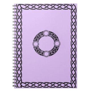 El nudo irlandés diseña el cuaderno espiral