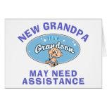 El nuevo abuelo divertido puede necesitar ayuda tarjeta de felicitación