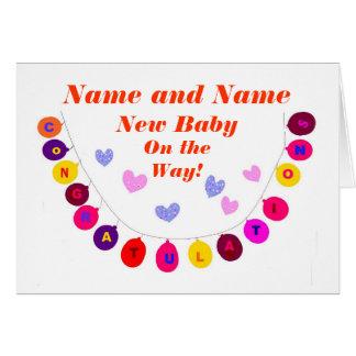 El nuevo bebé en la manera, enhorabuena, añade el tarjeta de felicitación