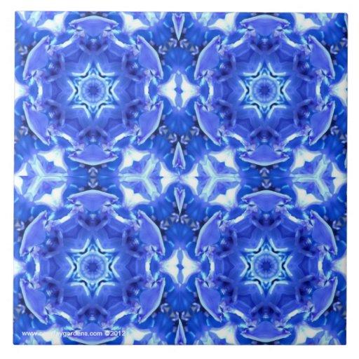 El nuevo día cultiva un huerto jacinto azul caleid azulejo cuadrado grande