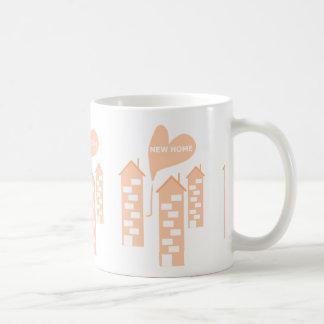 El nuevo ejemplo casero del corazón del amor de taza