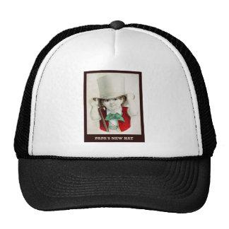El nuevo gorra de la papá