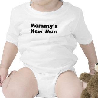 El nuevo hombre de la mamá traje de bebé