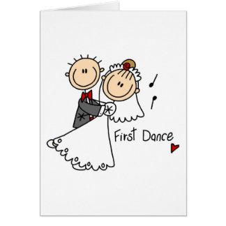 El nuevos marido y esposa primero bailan la tarjet tarjeta de felicitación