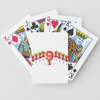 El número 9 baraja de cartas