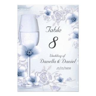 El número de la tabla del boda florece los rosas d invitación personalizada