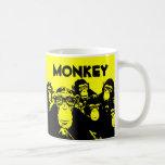 El o del grupo Monkeys la taza