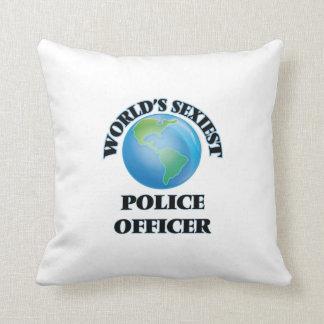 El oficial de policía más atractivo del mundo cojín