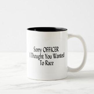 El oficial triste I pensó que usted quiso competir Taza De Dos Tonos