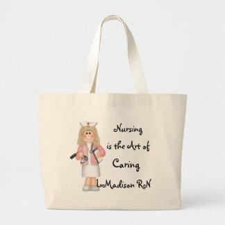 El oficio de enfermera es el arte de cuidar bolsas