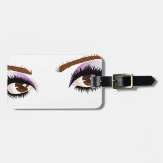 El ojo compone 3 etiquetas maletas