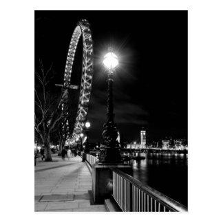 El ojo de Londres en la noche Postal