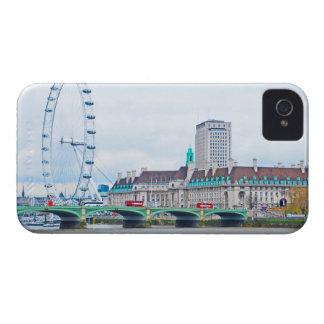 El ojo de Londres en un día soleado iPhone 4 Case-Mate Cárcasas