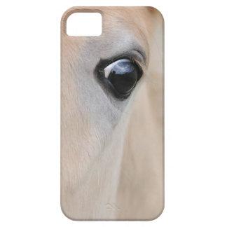 El ojo de un potro raro de la raza de Haflinger Funda Para iPhone 5 Barely There