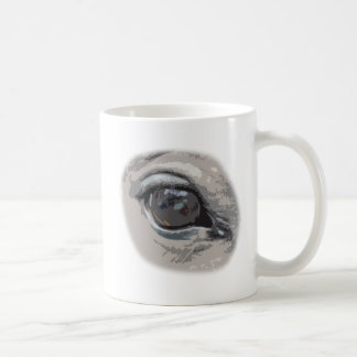 El ojo del caballo gris llano taza