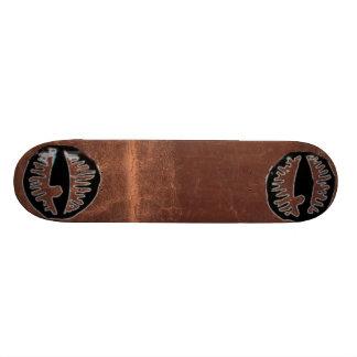 el OJO del leatherneckboard LO HIZO Monopatines Personalizados