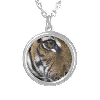 El ojo del tigre colgante redondo