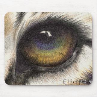 El ojo del tigre mousepad