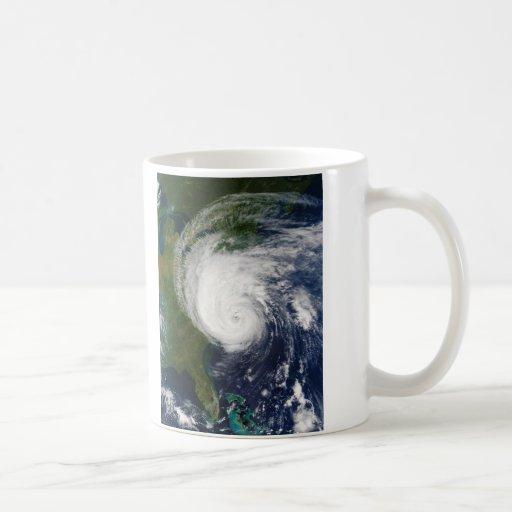 El ojo huracán Isabel del 18 de septiembre de 2003 Taza