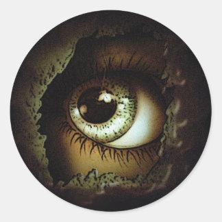 El ojo puede verle pegatina redonda