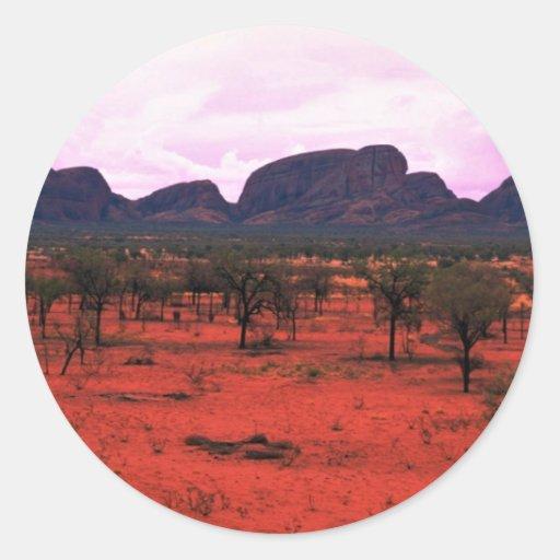 El Olgas en la distancia, desierto de Australia Etiqueta Redonda