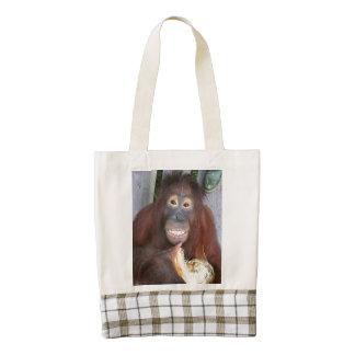 El orangután de Krista come un coco de la selva Bolsa Tote Zazzle HEART
