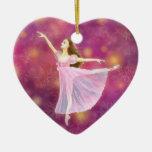El ornamento de la forma del corazón del ballet de ornamento de navidad