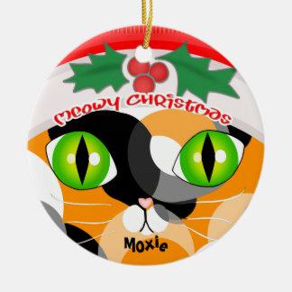 El ornamento del amante del gato de calicó del adorno navideño redondo de cerámica