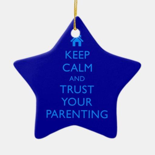 El ornamento guarda el regalo de motivación del adorno navideño de cerámica en forma de estrella