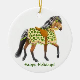El ornamento irlandés del caballo del desfile del adornos de navidad