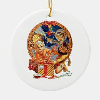 El ornamento pasado del navidad del paquete adorno navideño redondo de cerámica
