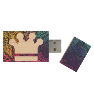 El oro corona el icono pen drive de madera USB 2.0