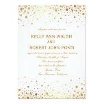 El oro del confeti puntea la invitación elegante