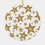 El oro protagoniza blanco redondo del ornamento