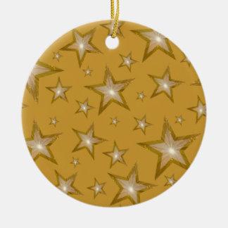 El oro protagoniza el oro redondo del ornamento adorno de reyes