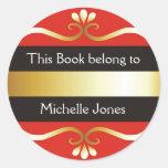 El oro y el rojo este libro pertenece a los etiquetas redondas